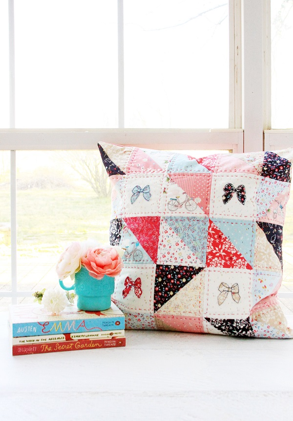 Sewing tutorial: Hand quilted patchwork pillow