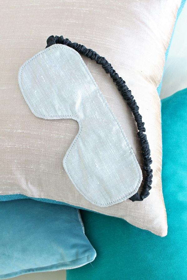 Sewing tutorial: Easy sleep mask