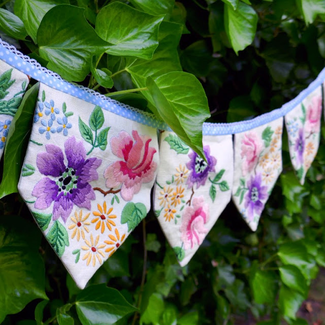 Sewing tutorial: Bunting garland from vintage linens