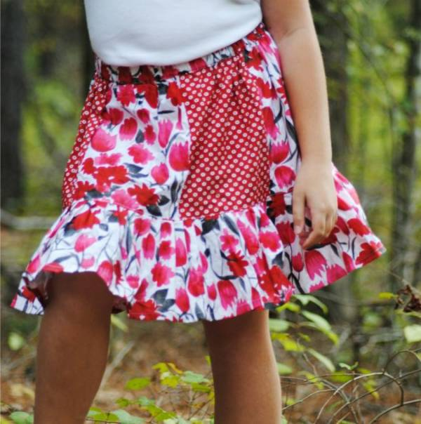 Sewing tutorial: Little girls paneled skirt