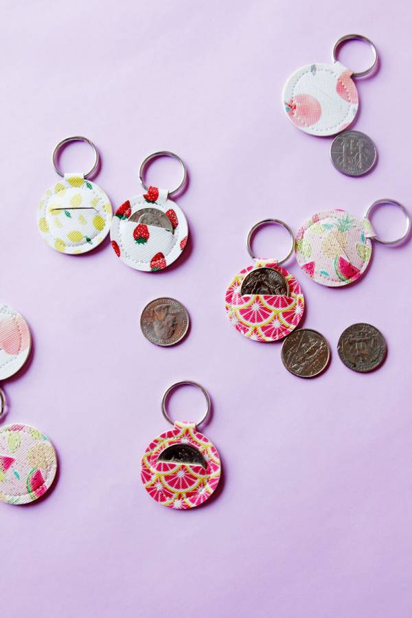 Sewing tutorial: Quarter keeper keychain
