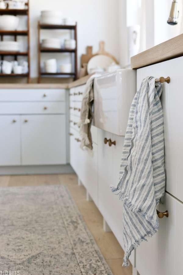 DIY Farmhouse Linen Towels - Easy Sewing Tutorial