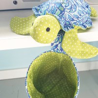 Sea Turtle Pin Cushion & Thread Catcher Sewing Pattern