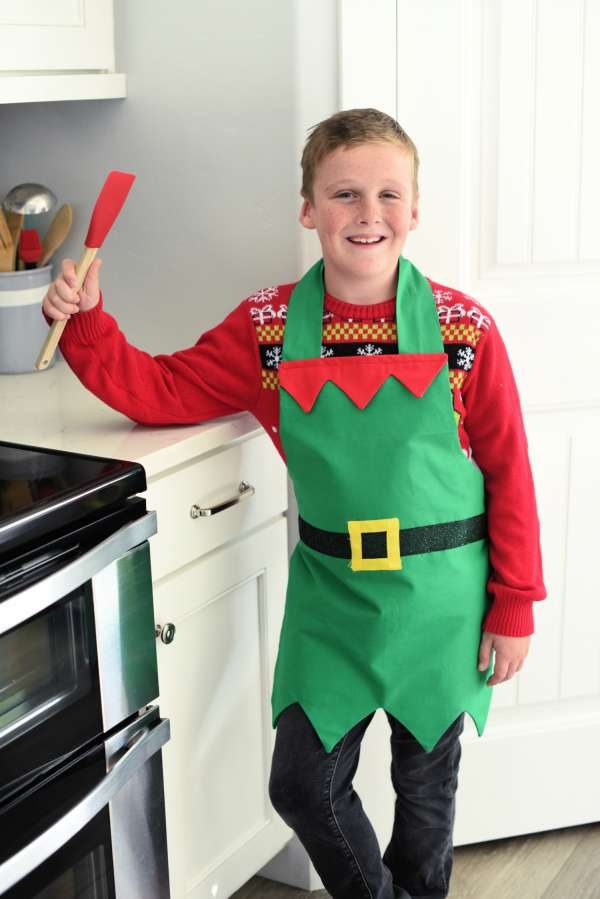Elf Christmas Apron for Kids or Adults - Free Sewing Pattern