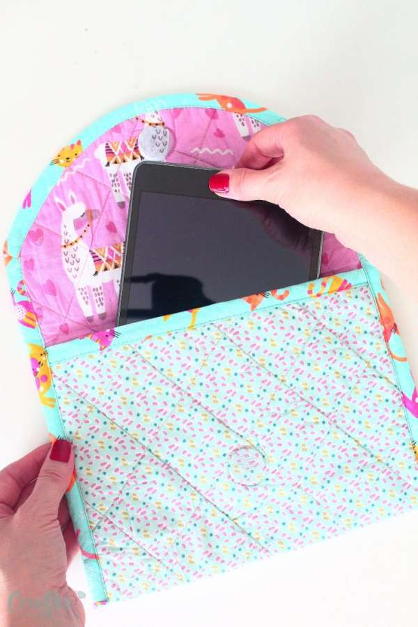 Easy Quilted Tablet Case - Sewing Tutorial
