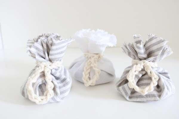 Easy DIY Lavender Sachets - No Sew Tutorial