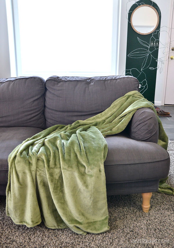 Faux Leather and Fleece Pillow Blanket Sewing Tutorial