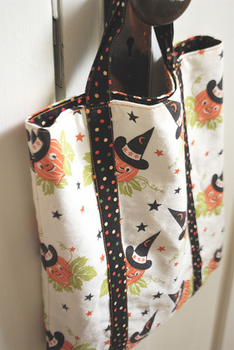 sewkatiedid/Halloween bag
