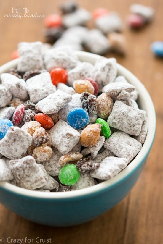 Trail-Mix-Muddy-Buddies-6-of-9w