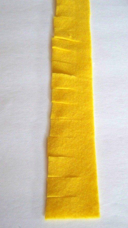 yellow blue flower strip