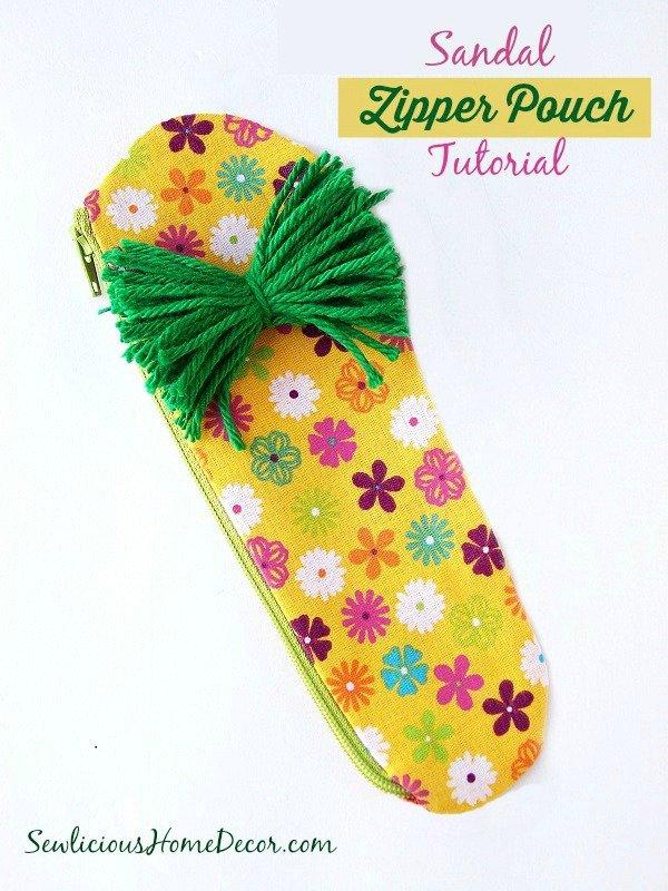 #Sandle #Zipper #Pouch Tutorial made by sewlicioushomedecor.com