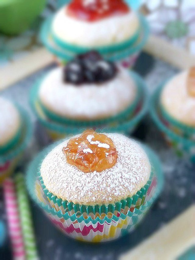 A Jelly Fruit Filled #Donut Cupcakes