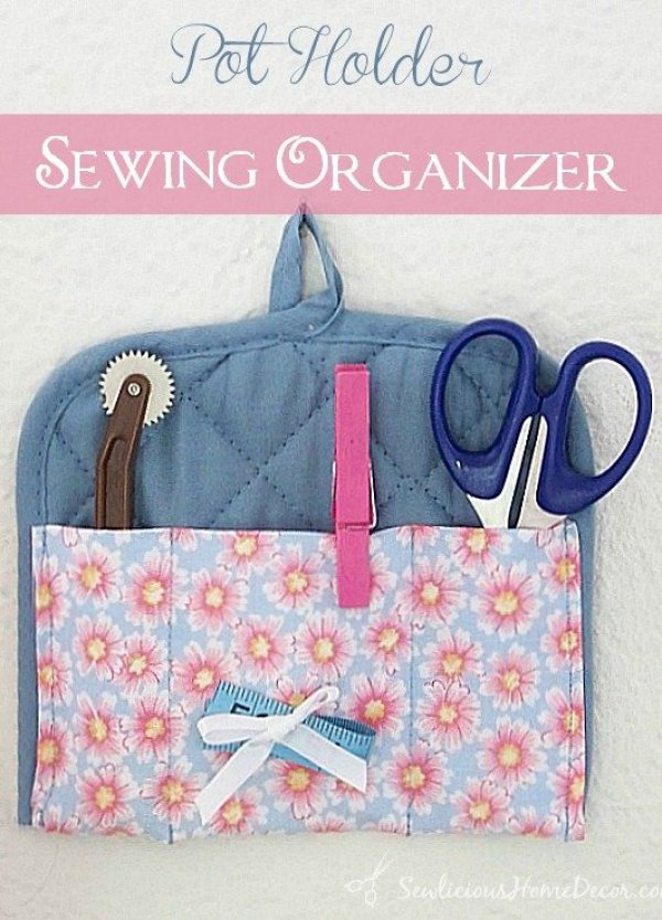 Pot Holder Sewing Organizer at sewlicioushomedecor.com