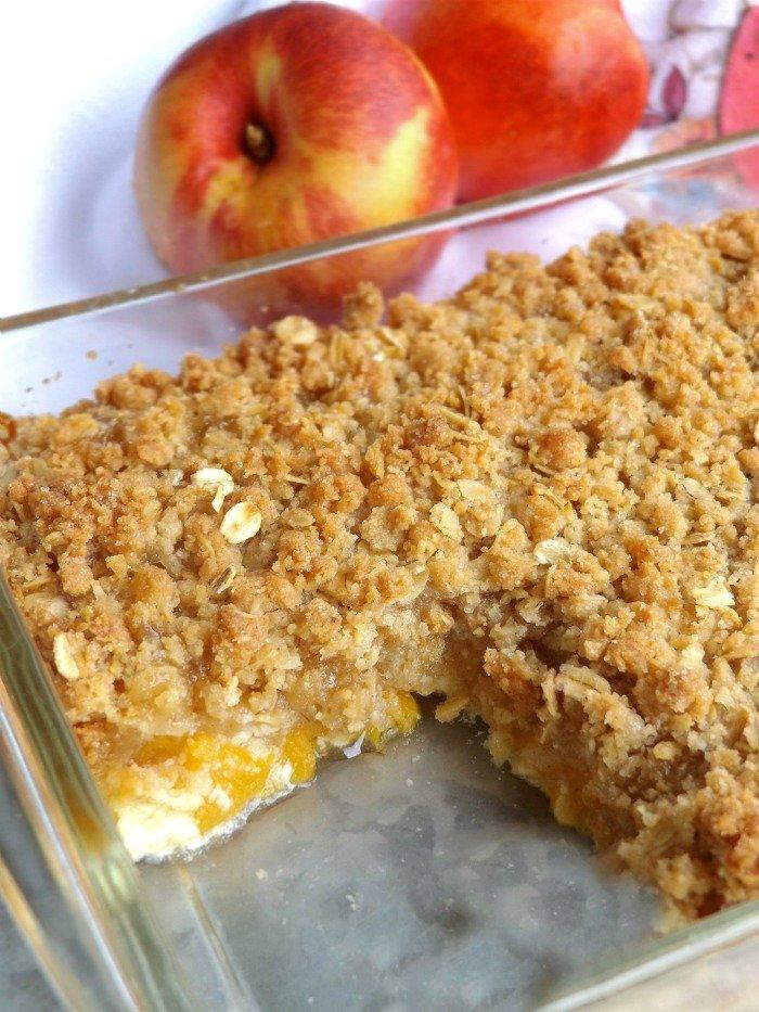 Peach Crisp Dessert sewlicioushomedecor.com