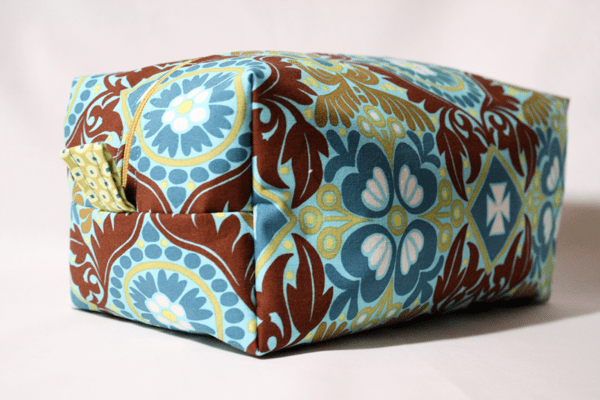 Sew Like My Mom | Cosmetic Bag tutorial
