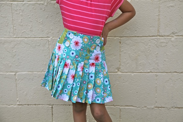 Sew Like My Mom | Schoolday Skirt review