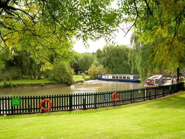 holiday-inn-stratford-upon-avon-3810961981-4x3.jpeg
