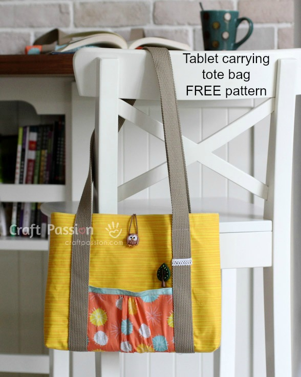 Here's a great Tote Bag that as the name suggests is able to carry your tablet. The pattern and tutorial for the Tablet Carrying Tote Bag are FREE. The designer has made the bag with some lovely contrasting colors and it can be made with or without a zipper.