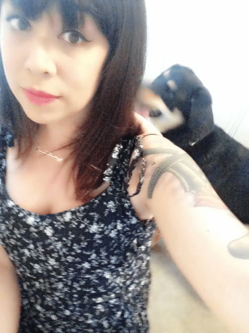 Mutt wants nothing to do with my selfie nonsense.