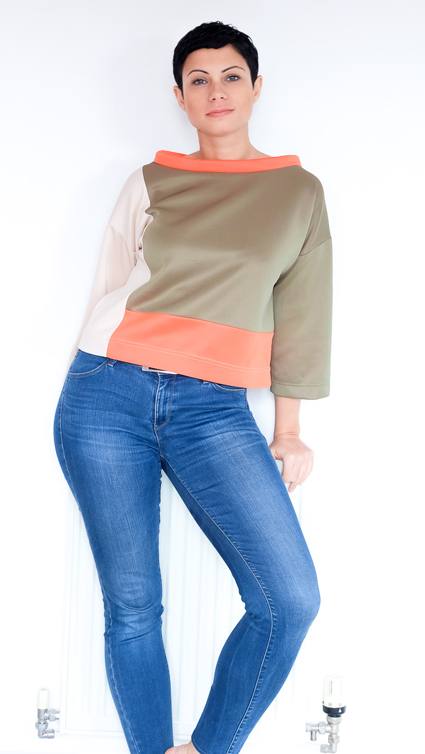 Colour Block Boxy top Burda 08-2017-112-1