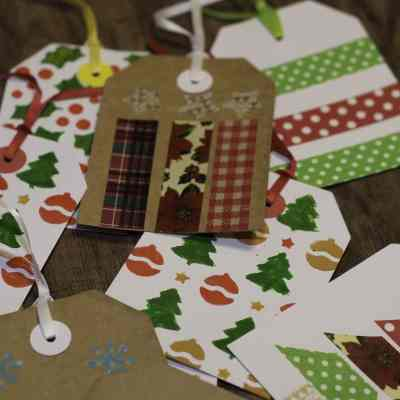 Super Simple Christmas Gift Tags to Make