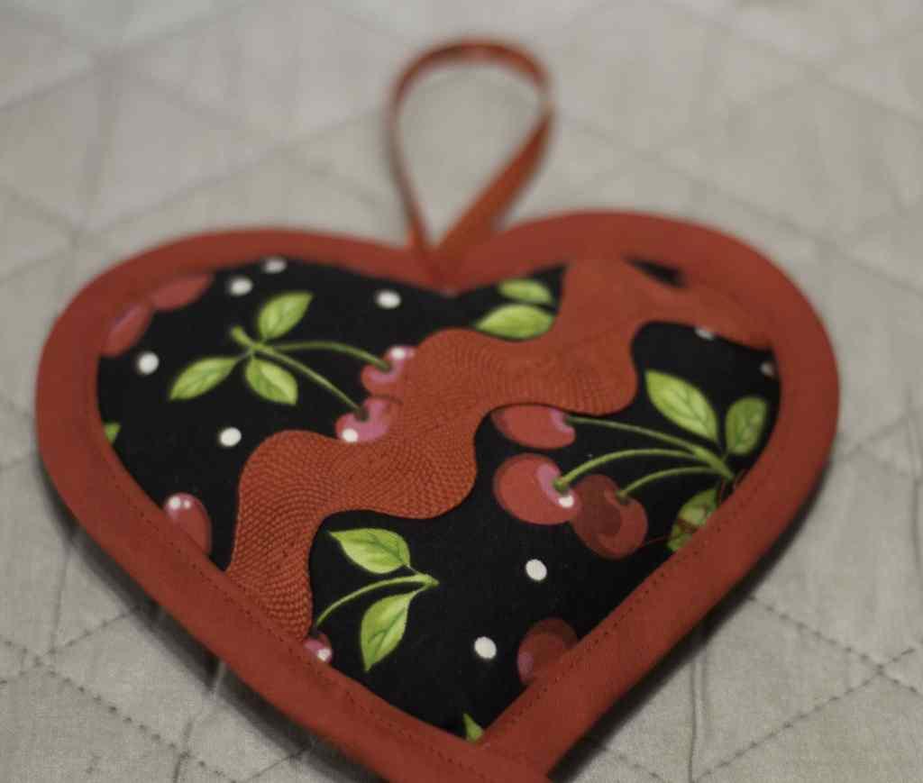 Finished Bias Binding for DIY Heart Sachet, DIY Heart Sachet
