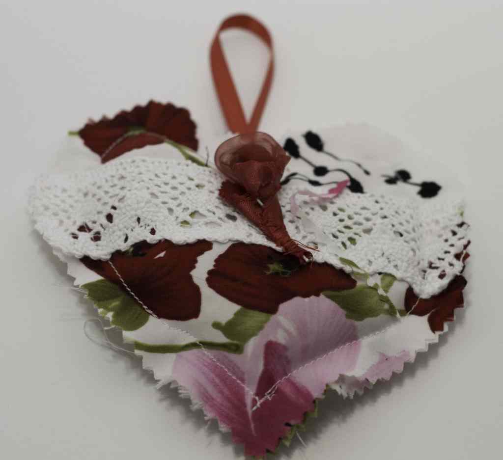 Finished Pinking Sheers, Lace and Flowers Sachet for DIY Heart Sachet, DIY Heart Sachet