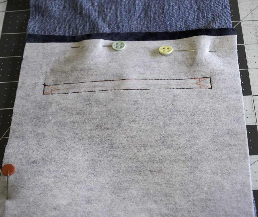 Add the Zipper Pocket to the Other Side, Create New Looks with Old Jeans