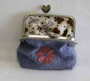 Open Jeans Coin Purse, Create new looks from old jeans