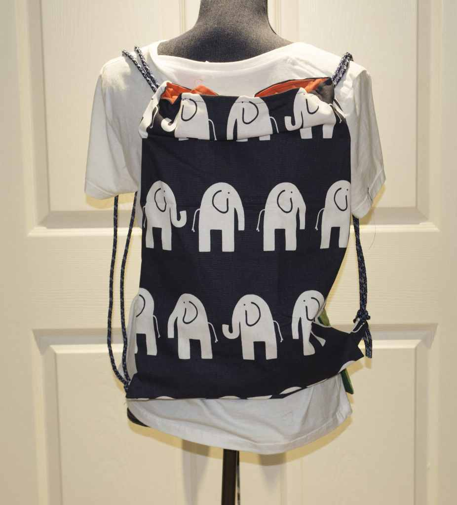 Easy-DIY-Drawstring-Backpack-926x1024 10 Things to Sew for Back to School