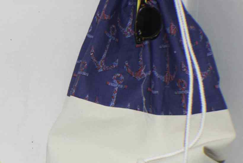 Sew a drawstring Beach Bag
