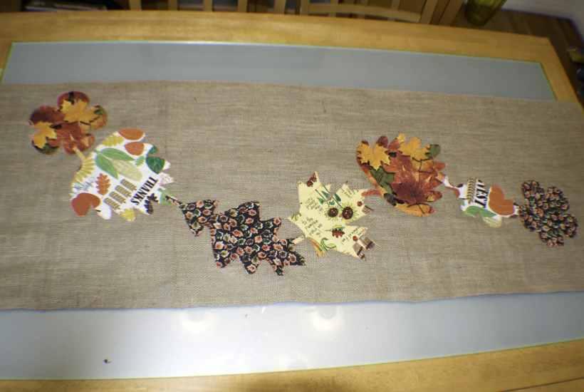 Fall Burlap Applique Table Runner