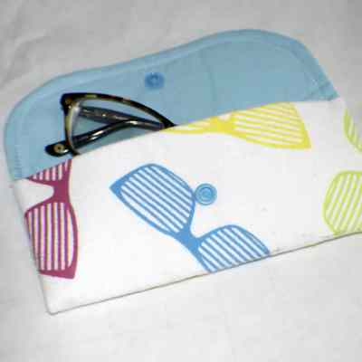 How to Make an Easy DIY Glasses Case