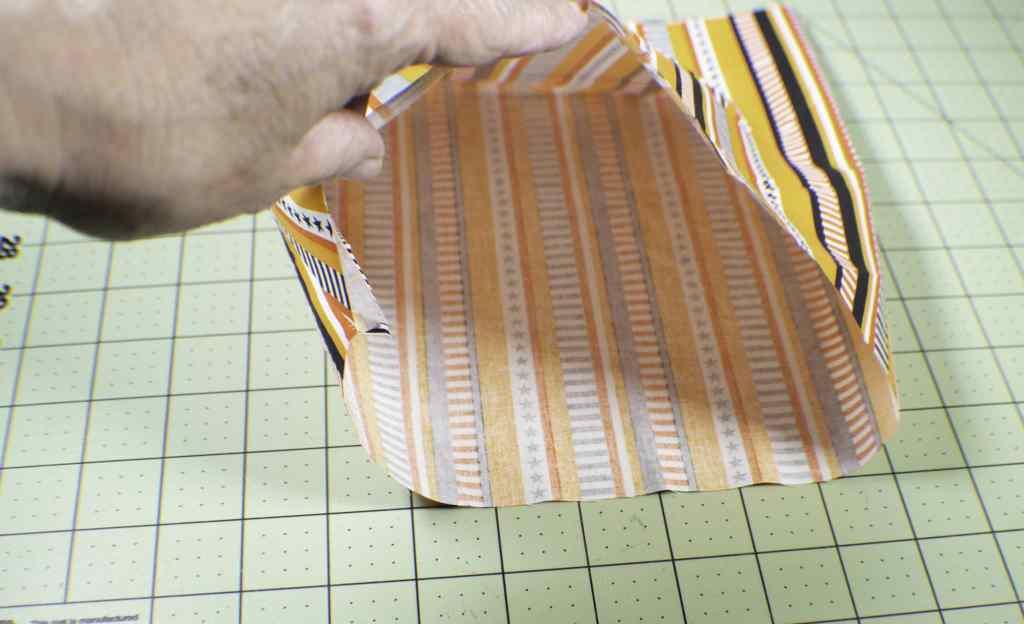 How to make a fabric pumpkin