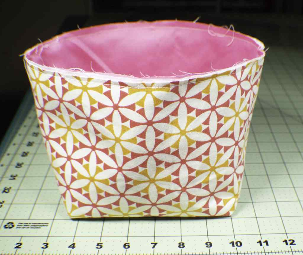 Place-the-lining-into-the-outer-bag-1024x861 How to Make a Pretty Little Lunch Bag