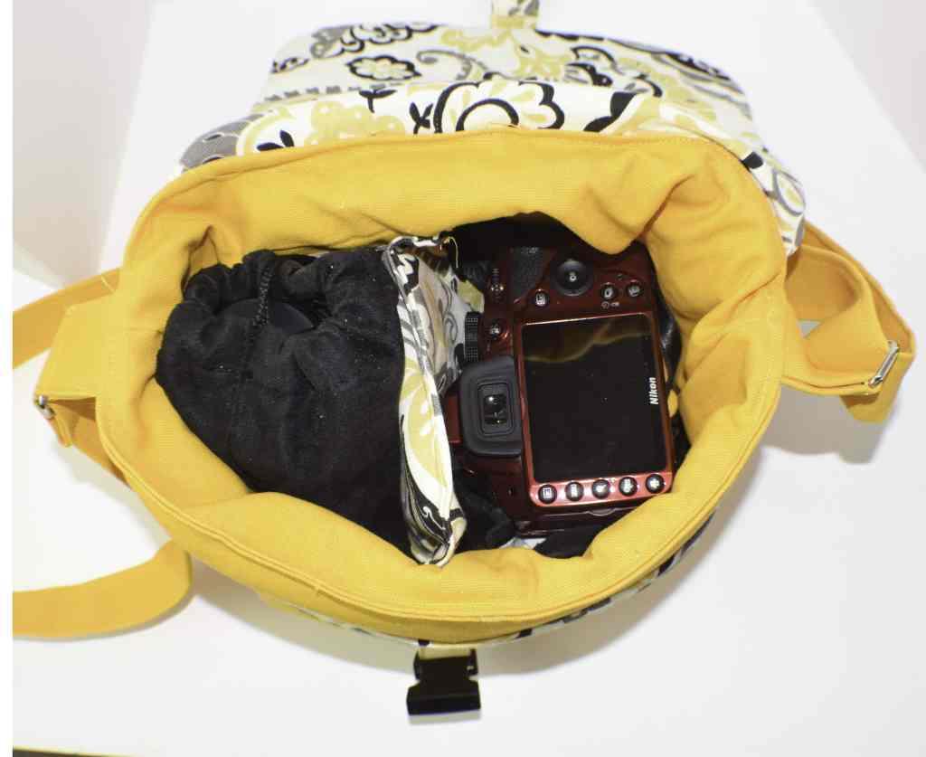Make a padded dslr camera case