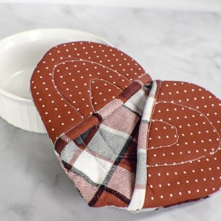 How to Make a Heart Pot Holder