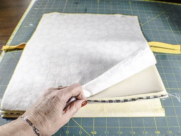 How to make a padded laptop case