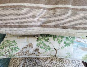 DIY Couch Pillows www.sewzaizay.com