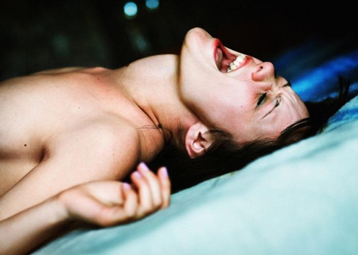 Как довести девушку до стрйного оргазама (сквирта) прелюдия шаг за шагом перед сексом и аналом