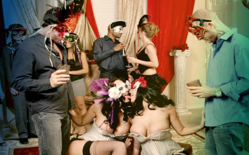 Фото: секс-вечеринка в масках. Смотрите бесплатно на sex box online