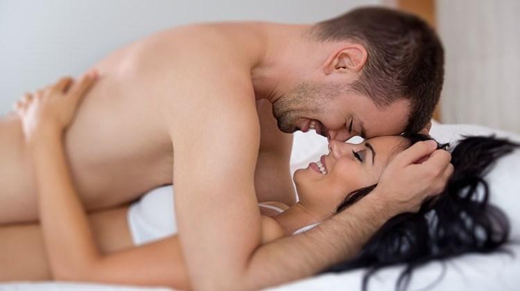 Το15% των ενηλίκων έχει βρει σύντροφο από ερωτικές αγγελίες