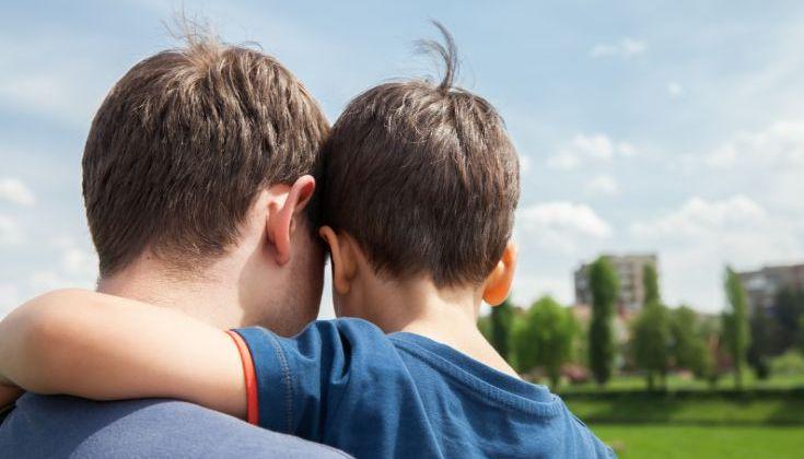Οι πατέρες μονογονεϊκών οικογενειών πεθαίνουν νεότεροι από τις αντίστοιχες μητέρες