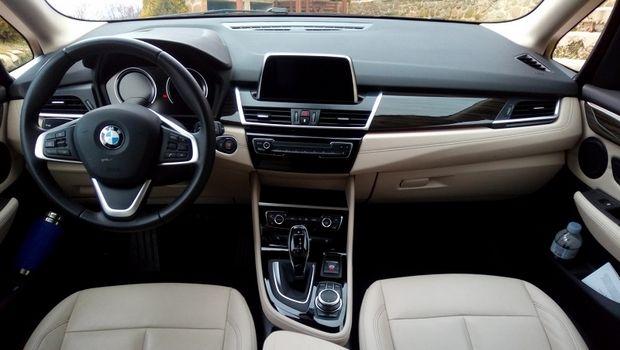 Στο τιμόνι της BMW Active Tourer