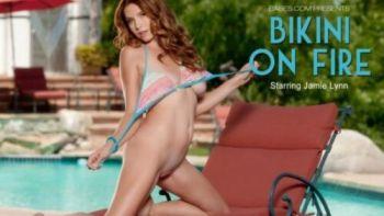 Babes Bikini of Fire Jamie Lynn