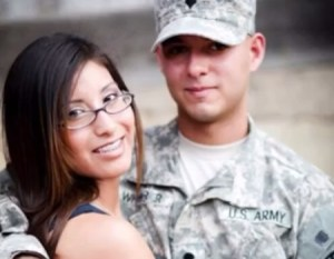 Namorado foi pra guerra e ela fez suruba com negões