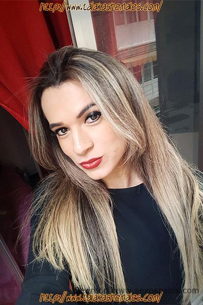 hermosa transexual muy femenina, sensual, dulce y amable.