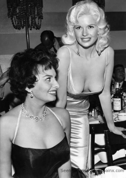 Jayne Mansfield y Sophia Loren en la guerra de senos.