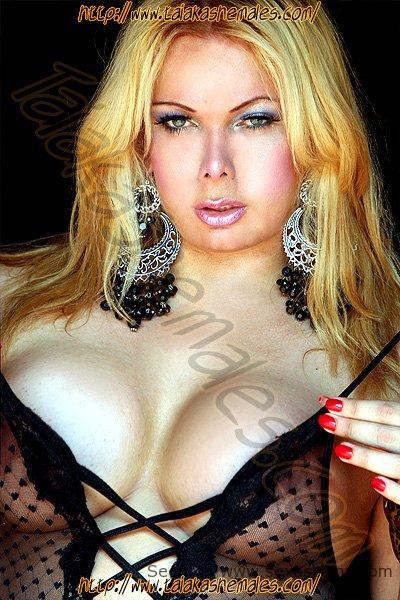 Karen Evans rubia explosiva guapissima Travestis Gijon