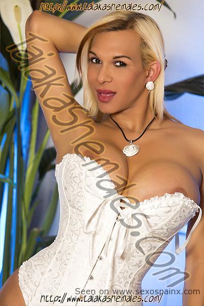 Guapas mujeres sexys con pene en Valencia